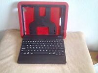 IPAD 2 CASE WITH KEYBOARD AND STAND