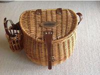 Brand new picnic hamper