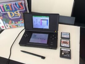 Nintendo DS black with brain training & Call of duty £25