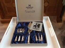 SILVER PLATED CAKE FORKS AND CAKE SLICE SERVING SET