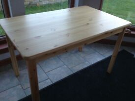 New pine dining table