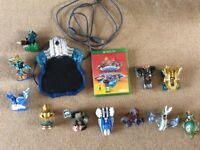 Skylanders Superchargers X-Box One: Starter Pack with additional 11 figures