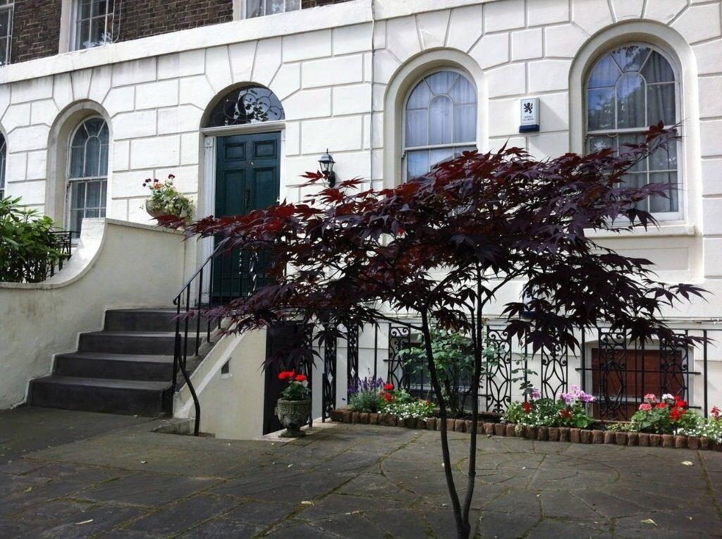Beautiful Georgian House Near Oval Tube Bedroom Available - Beautiful georgian house in london