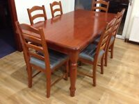 Traditional Solid Kitchen Table and 6 Chairs
