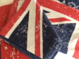 Red White and Blue King size duvet cover and pillow cases £4.50