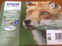 Epsom T1285 Mulitipack of Ink (Fox on front)