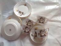 Vintage tea set yellow/white rose tea set x 4 trios