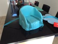 Toddler booster seat for table