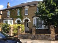 Large Victorian House for short let. Surbiton/Tolworth border. 3/4 bedrooms