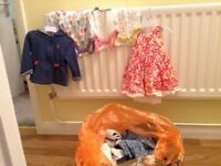 Bags of baby clothes 0 to 9months for giirls