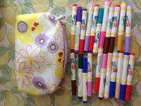 Bundle of 22 Crayola Color Wonder Markers