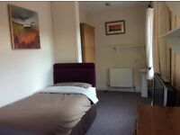 Lovely, fully furnished Bedsit, RISCA (NP11), £75 p/w includes all bills. Room available now.