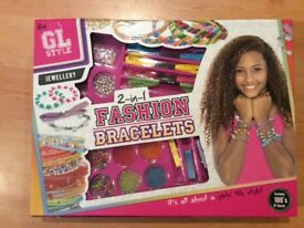 Fashion bracelets making set