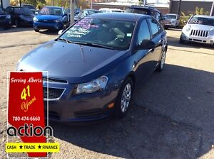 2013 Chevrolet Cruze LS ACCIDENT FREE CLEAN CAR PROOF LOCAL CAR