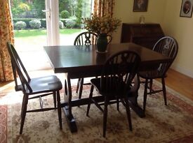 Jaycee Oak Extending Dining Table with four Wheelback Chairs
