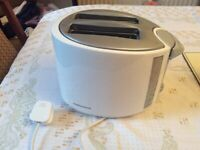 Morphy Richards pop up toaster