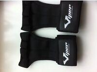 weightlifting gloves size medium