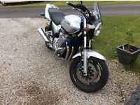 Yamaha xjr 1300 w reg. Suzuki Kawasaki Honda