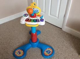 Vtech Sit to Stand music centre, used but in good condition and full working order