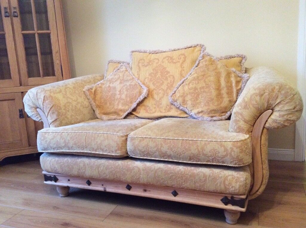 3 & 2 seat sofa