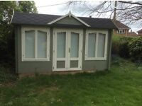 Beautiful Nearly New Summer House or Office