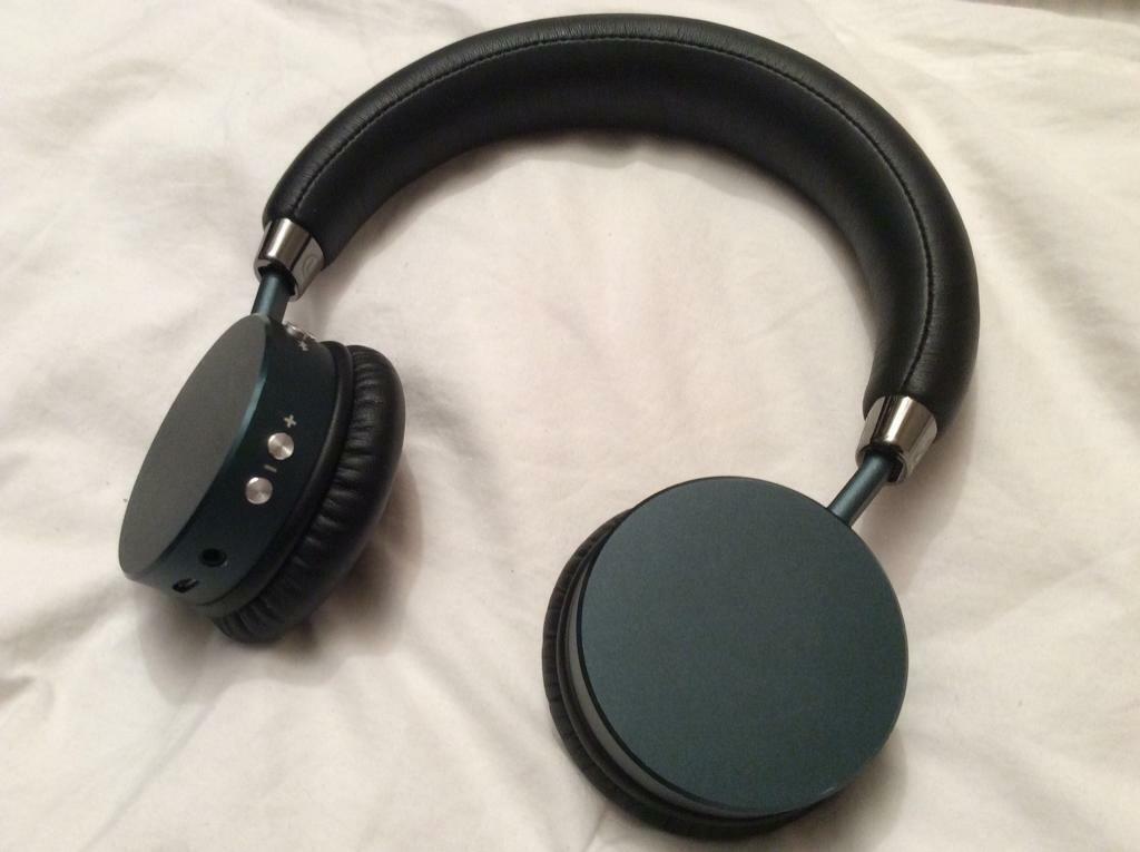 6dba1950fb8 Goji Wireless over Ear Headphones. GTCONBK16 154499 Bluetooth ...