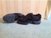 Bloch dance trainers. Size UK 3.5