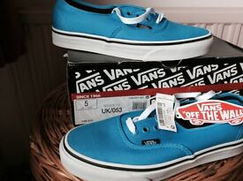 Vans - Bright Blue Canvas Size 5 (EU 38)