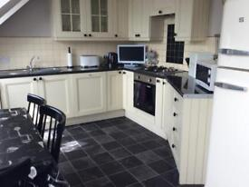 Short Term Holiday Let 3 Bedroomed Apt. from £25 pppn.