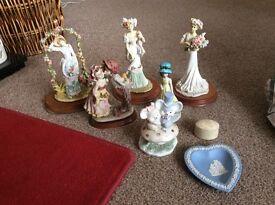 Various ornaments house clearance