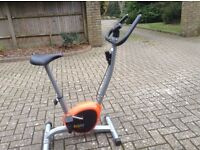 Body fit exercise bike D6703, very good condition, full working order