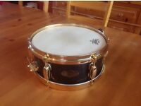 """Tama Artist Series Snare drum for sale. Simon Phillips 'Pageant' signature 9ply 12""""x5"""" black snare"""