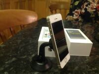 iPhone 5S 16unlocked with magnetic screen mount