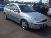 FORD FOCUS ZETEC 2.0 PETROL SILVER 87000 MILES MOT ONE YEAR FREE 30 DAY/1000'MILE WARRANTY