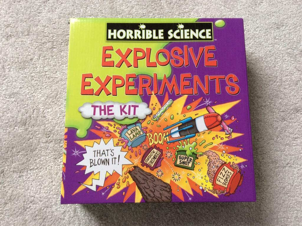 Horrible Science experiment set age 10+ years
