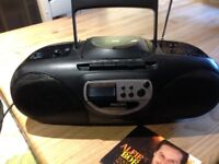 PHILLIPS portable CD Radio Cassette Player