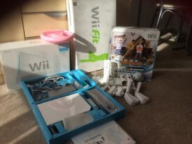 Wii console and will fit with family family trainer extreme challenge game + accessories