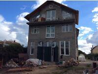 BUILDERS/ FRANCE / 3 qualified builders. qualified plumber,carpenter, renderer, 3 weeks Normandy