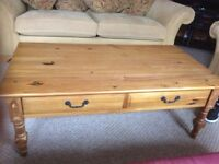 Pine coffee table and corner unit