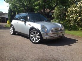 "MINI COOPER AUTOMATIC 2003 53 66k MLS LOADS OF EXTRAS SILVER WITH BLACK ROOF 17"" ALLOYS HISTORY"