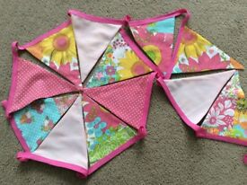 3M Double-sided pink Floral Bunting.