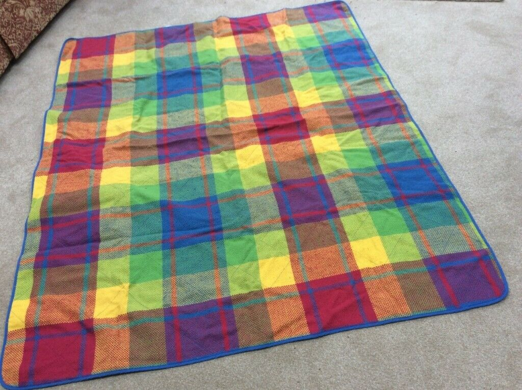Picnic rug | in Claygate, Surrey | Gumtree