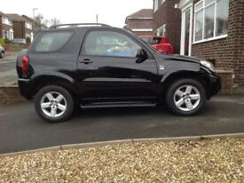 TOYOTA RAV 4 SHORT WHEEL BASE FOUR WHEEL DRIVE