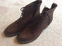 Next Leather boots, Lovely Condition, size 8.