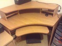 Corner computer desk. In excellent condition.