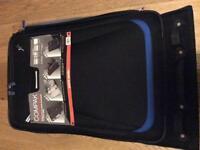 Foldable suitcase
