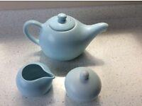 Nigella Lawson teapot, milk jug and sugar bowl