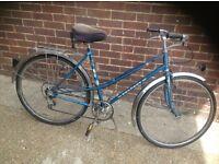 Vintage Ladies Peugeot Town Bike 5 sp