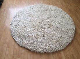 Round real wool rug