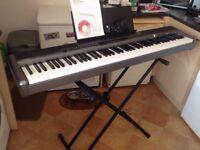 Casio Privia PX - 320 Electronic Piano